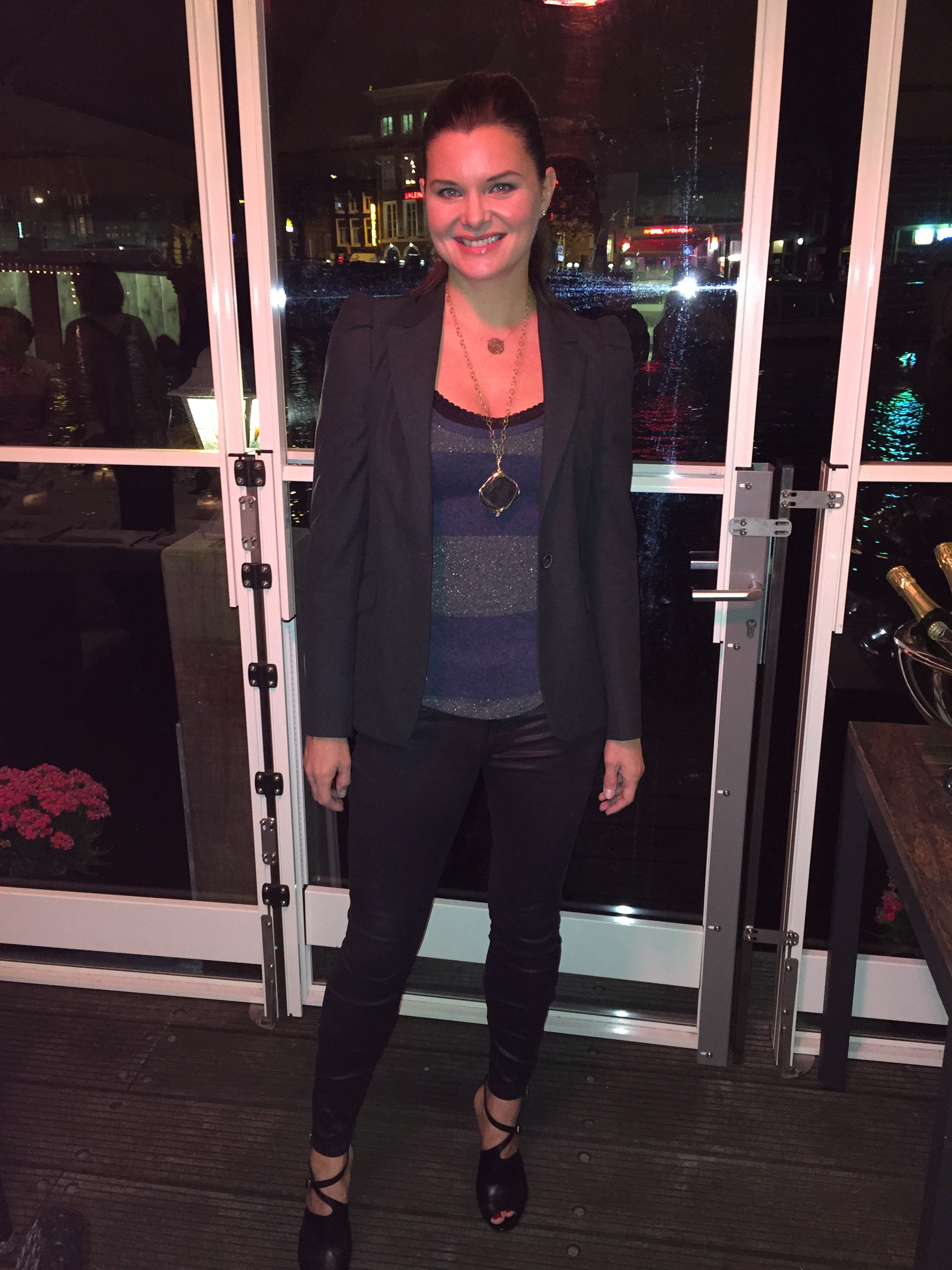 The beautiful Heather Tom at the hotel restaurant overlooking the canals