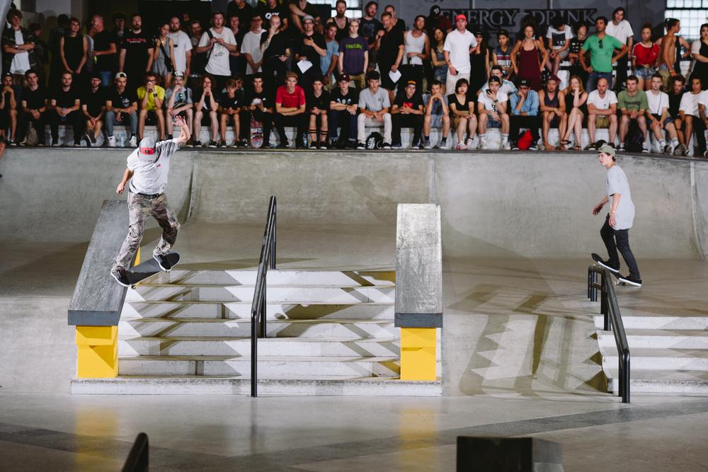 Jorge_Simoes_Fs_180_Switch_Crooked_NikeSB_BerlinOpen_Finals_Maksim_Kalanep.jpg