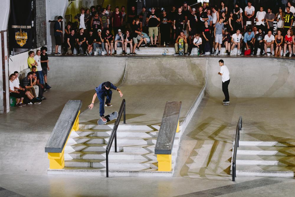 Gustavo_Ribeiro_360_Flip_Lipslide_NikeSB_BerlinOpen_Finals_Maksim_Kalanep.jpg