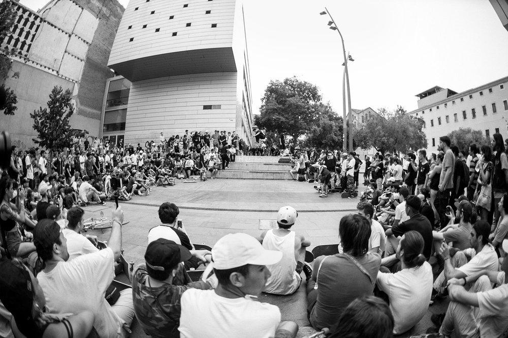 Macba Big 3 → So Crowded!