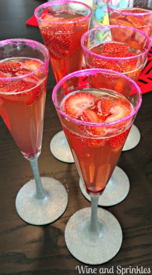 Sparkling Strawberry Champagne Cocktail.jpg
