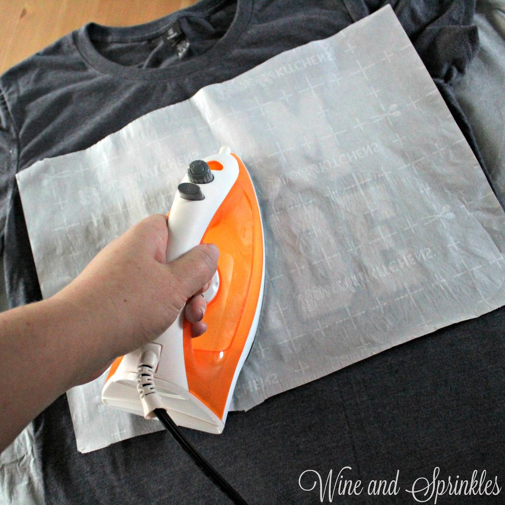 DIY HTV Iron On Sporty Team Bride T Shirts #svgfiles #teambride #diywedding