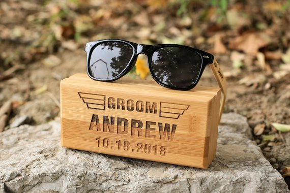 Groomsman Gifts Under $30 #groomsman #budgetwedding #groomsmangifts
