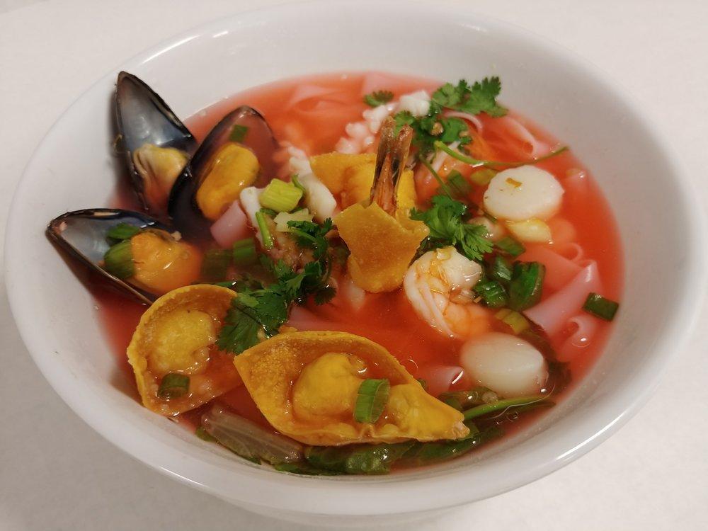 seafoodNoodle.jpg