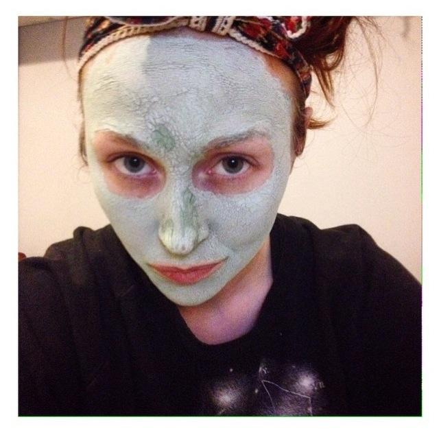 January with Rí na Mara face mask