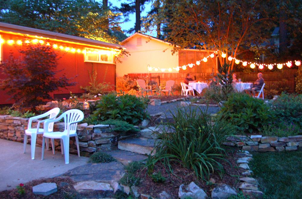 Hinge-Build-Group-Wilson-Remodel-backyard