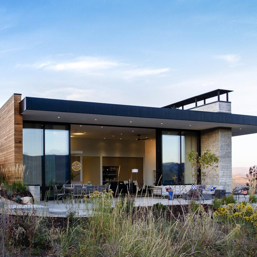 Modern mountain residence