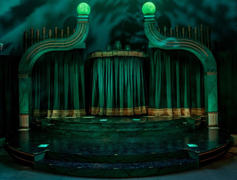 0002-emerald city set-P1900206.jpg