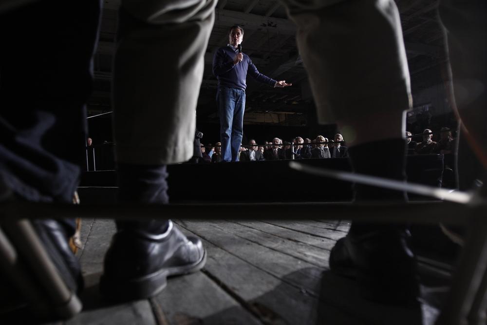 Mitt Romney 120210_189.jpg