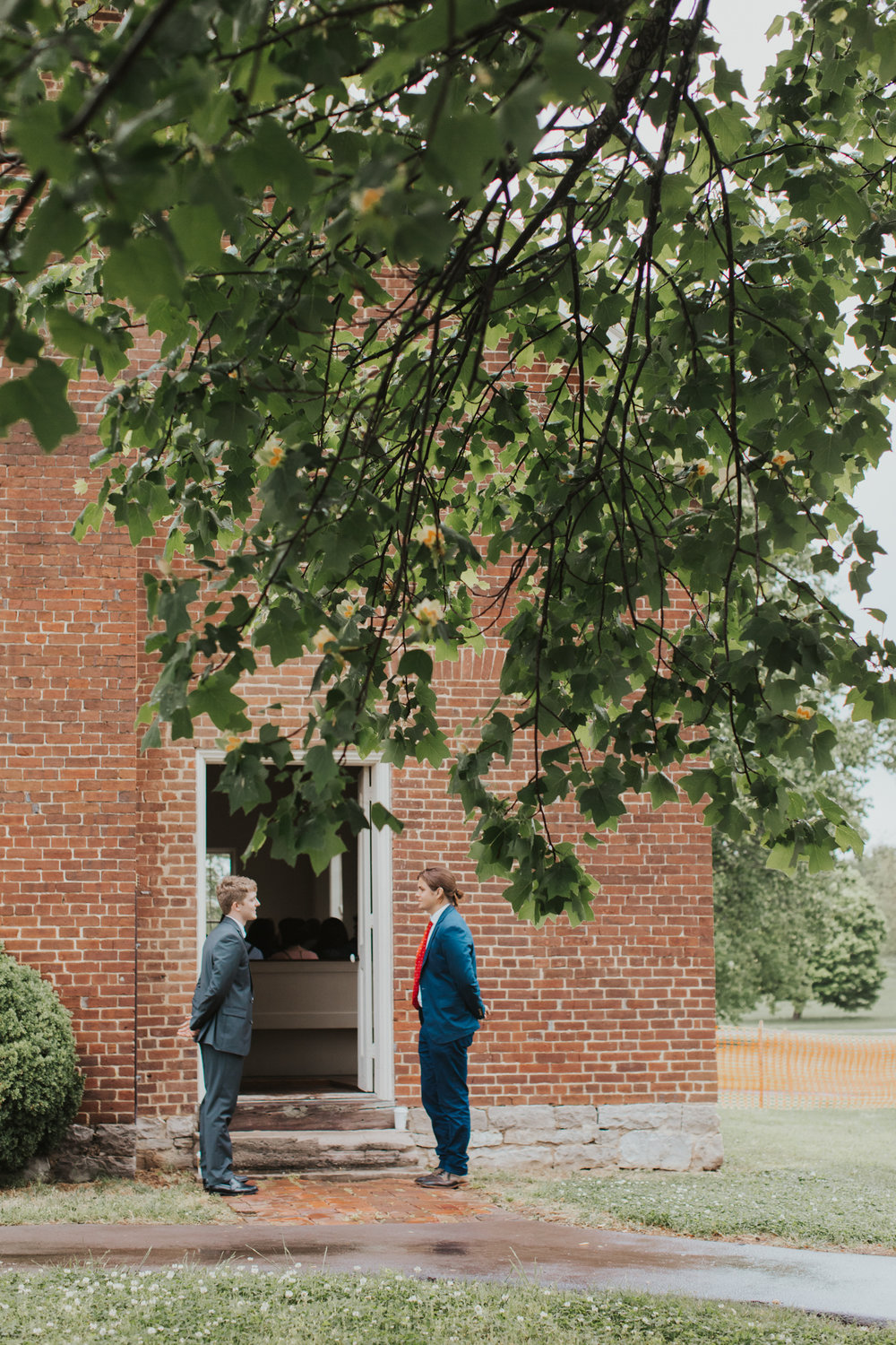Nashville_Tennessee_RainyDayWedding_AndrewJacksonHermitage_WeddingPhotographer_MollyPeach-225.jpg