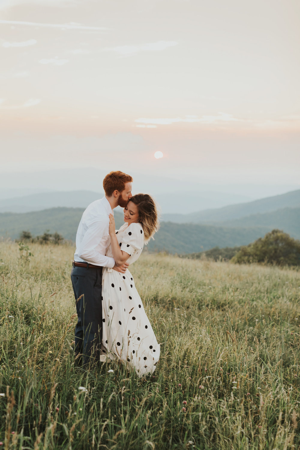 BlueRidgeMountains_NashvilleWeddingPhotographer_MollyPeach_MaxPatch-6472.jpg