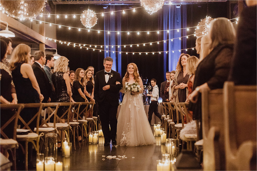 NashvilleWedding_NewYearsEveWedding_NYE_NashvilleWeddingPhotographer_LovelessWedding_Tennessee_MollyPeachPhotography-74.jpg