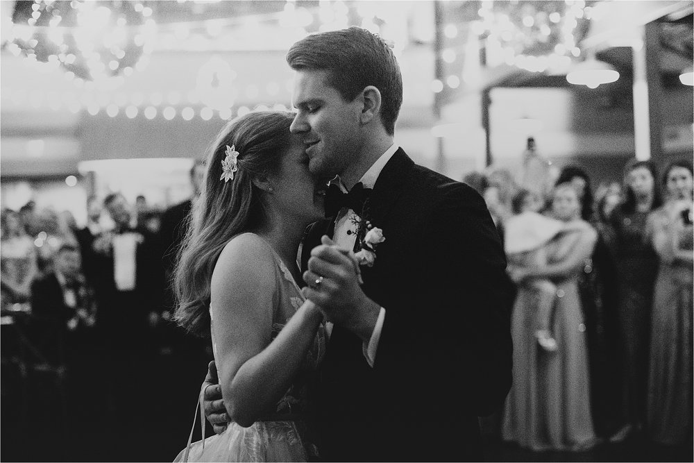 NashvilleWedding_NewYearsEveWedding_NYE_NashvilleWeddingPhotographer_LovelessWedding_Tennessee_MollyPeachPhotography-96.jpg