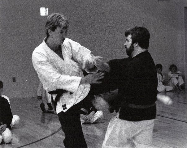 Shihan Jakle (left), Don Williams (right)
