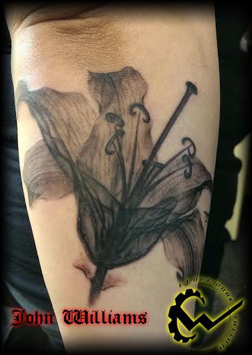 lily-xray-tattoo.jpg
