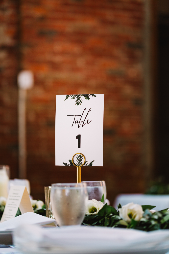 table-decoration-greenery-instead-of-flowers-columbus-ohio-wedding-photographer1.jpg