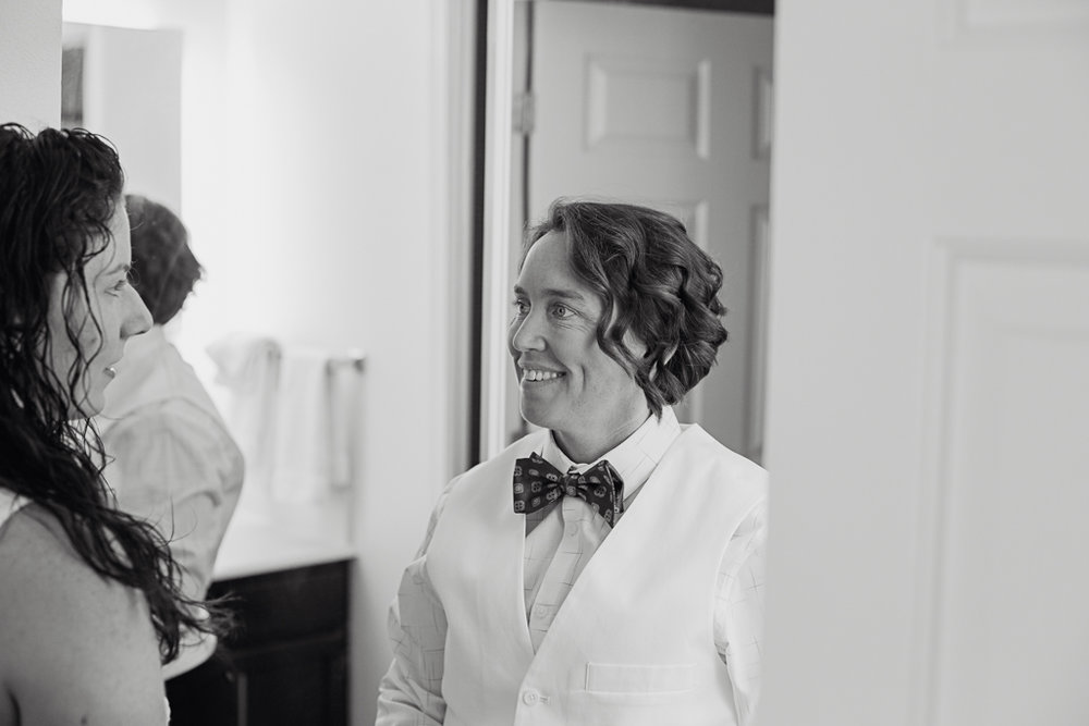 LGBT-bride-couple-getting-ready-wedding-photographer-columbus-ohio8.jpg