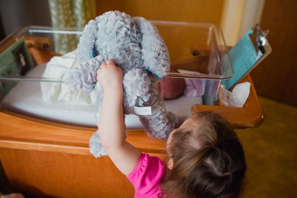 Fresh-48-newborn-hospital-session-columbus-ohio-newborn-photographer6.jpg