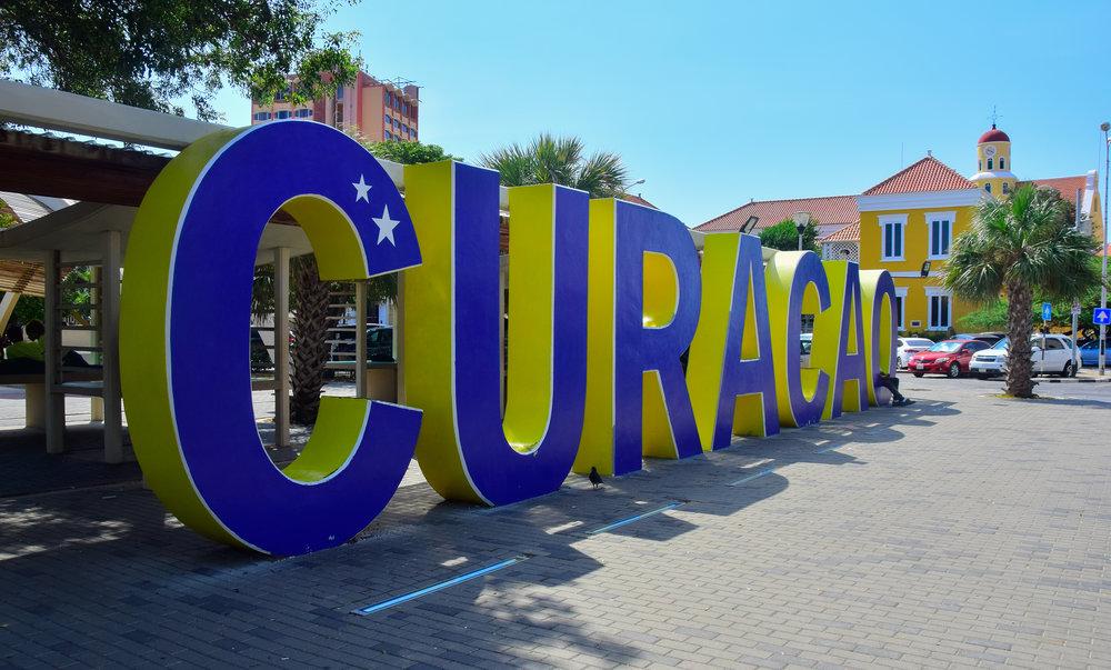 Curaçao sign
