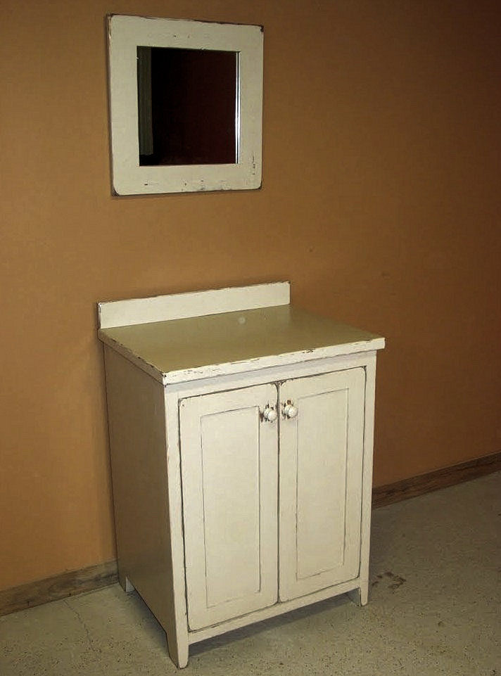 Antique-white-vanity-44.jpg