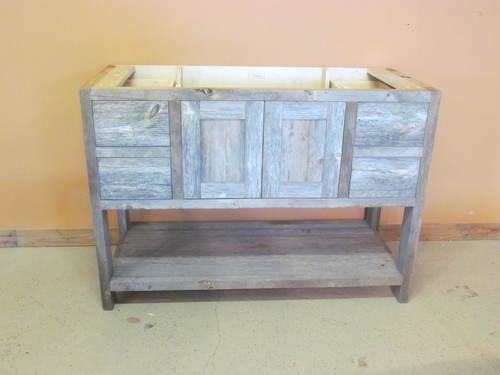 Weathered Gray Minnesota Reclaimed Wood Vanity - Weathered Gray Minnesota Reclaimed Wood Vanity €� Barn Wood