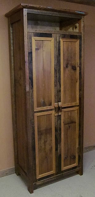 Wonderful Canyon River Reclaimed Wood Linen Cabinet