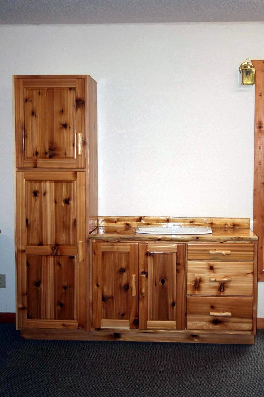 Rustic Cedar Linen Cabinet Barn Wood Furniture Rustic