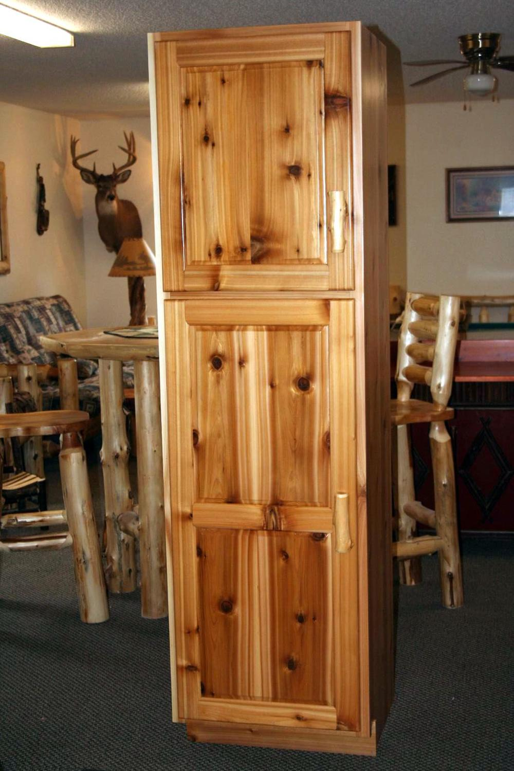 Rustic Cedar Linen Cabinet Barn Wood Furniture Rustic