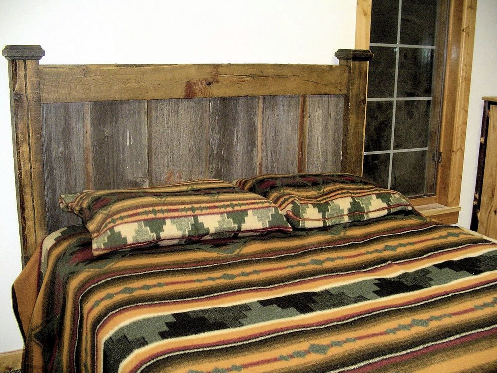 Barnwood-bed-two-tone-headboard.jpg