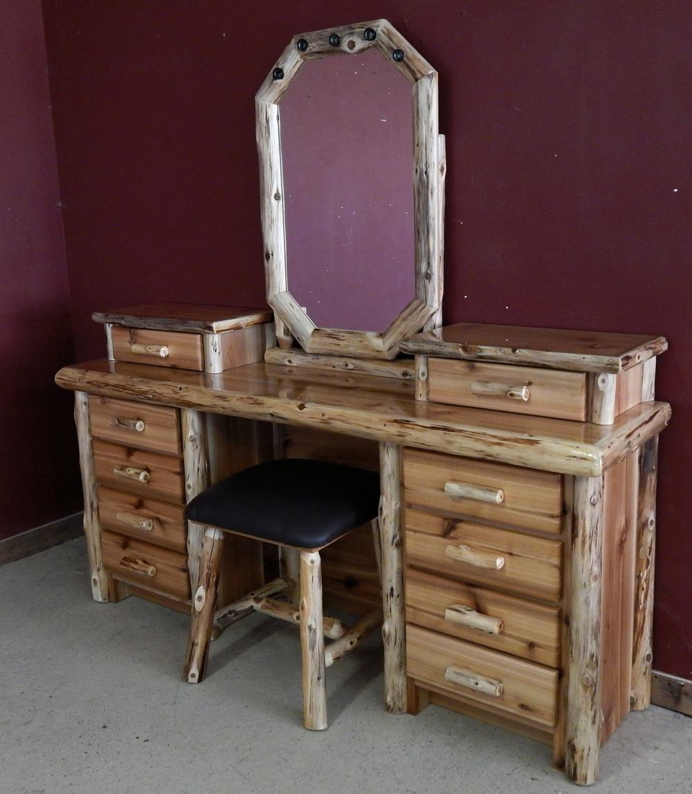 Image Result For Small Makeup Vanity With Drawers