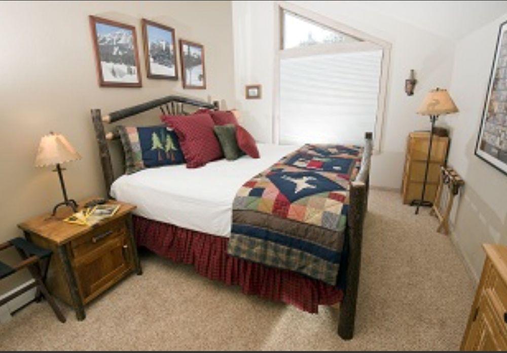 Hickory Log Bedroom.jpg