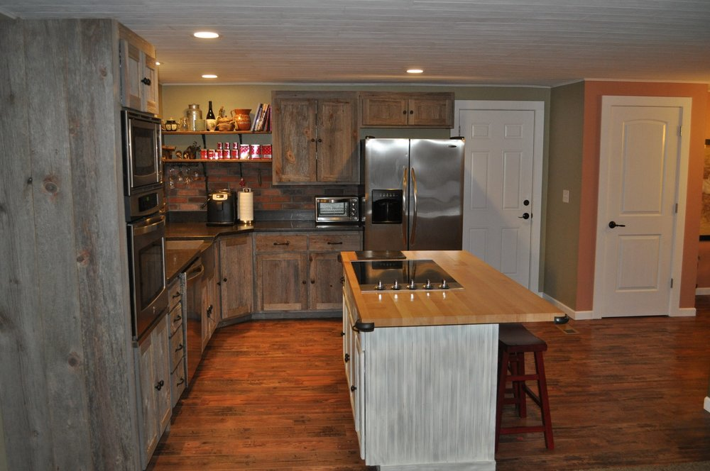 Weathered Gray Barn Wood Kitchen Furniture