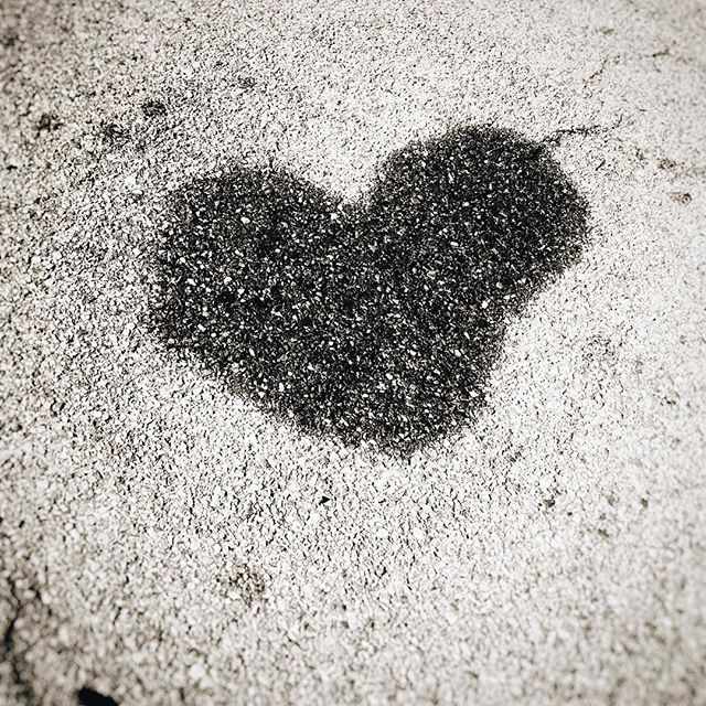 Friday 🖤 Love . . . . #randomhearts #streetart #asphalt #theviewfromhere #blacklove #dearlife