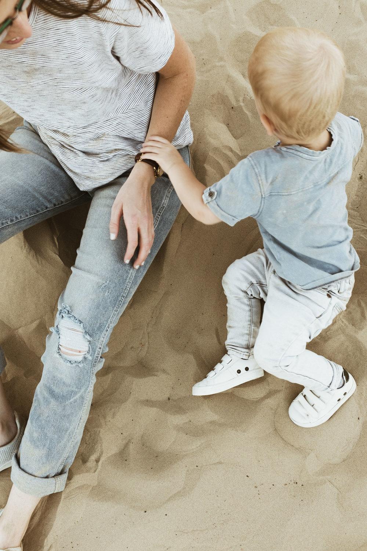 alyssa sorenson sand dunes family-136.jpg