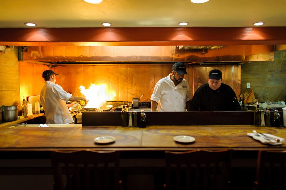 3834-d3_Cafe_Cruz_Soquel_Restaurant_Lifestyle_Photography.jpg