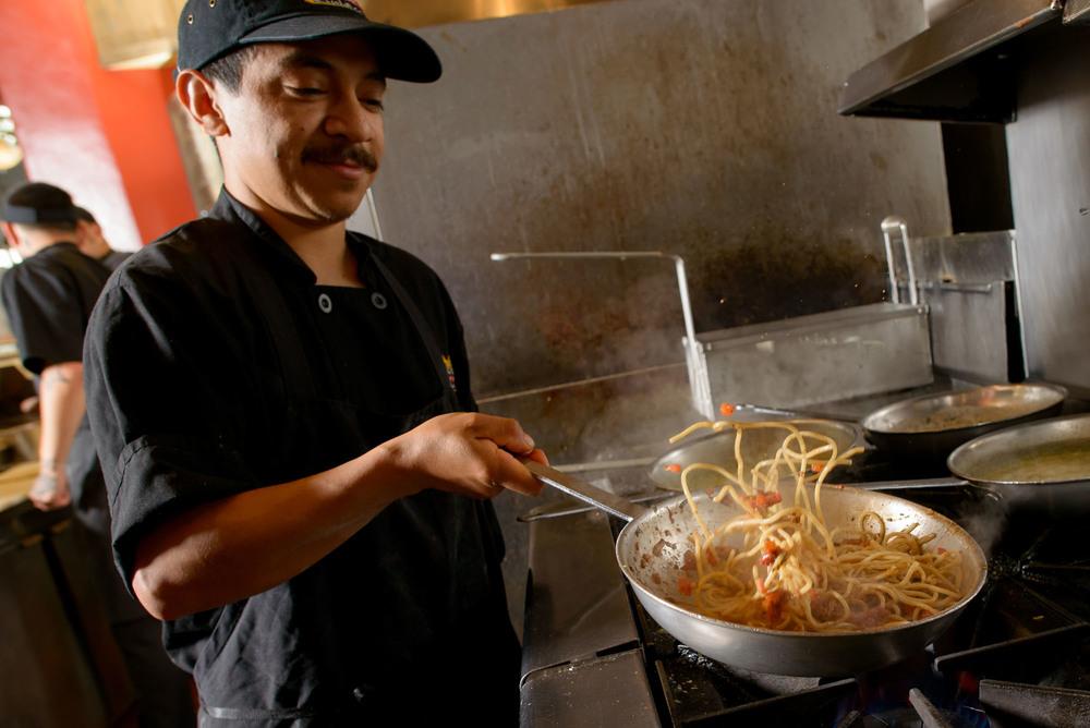 7400_d800a_Kiantis_Santa_Cruz_Restaurant_Photography.jpg