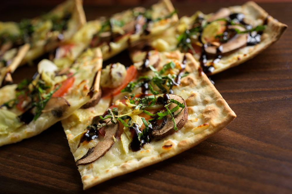 flatbread – cupertino food photos at rootstock wine bar - photos by bay area commercial photographer chris schmauch