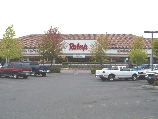 Raleys Fulton WebPhoto.jpg