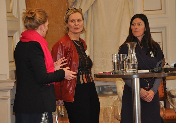 Brigitte Bidovec and Michaela Keinleitner of Diagonale talking to Evelina Lundqvist.