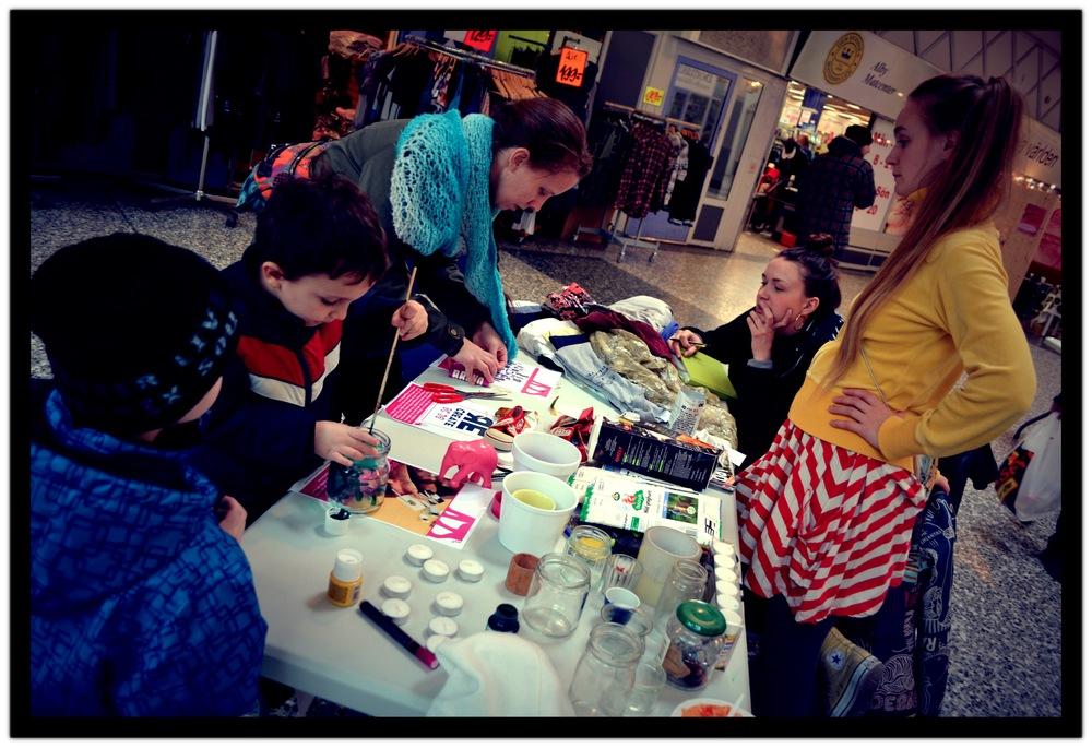 Earth Hour Botkyrka, Sandra och Fia