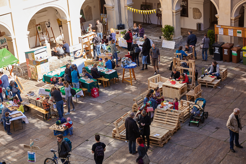 Palettenmöbel im Lesliehof – beim Paletten-Gartenmöbel-Workshop gebaut.
