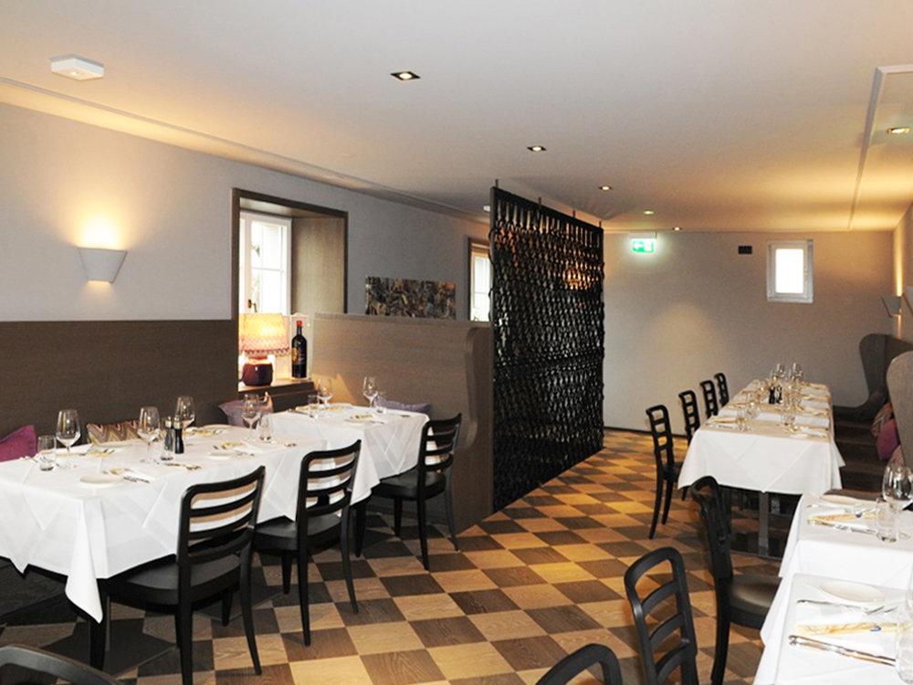 Makrame Treppenschutzgitter im restaurant La Zagra in Zürich, Schweiz