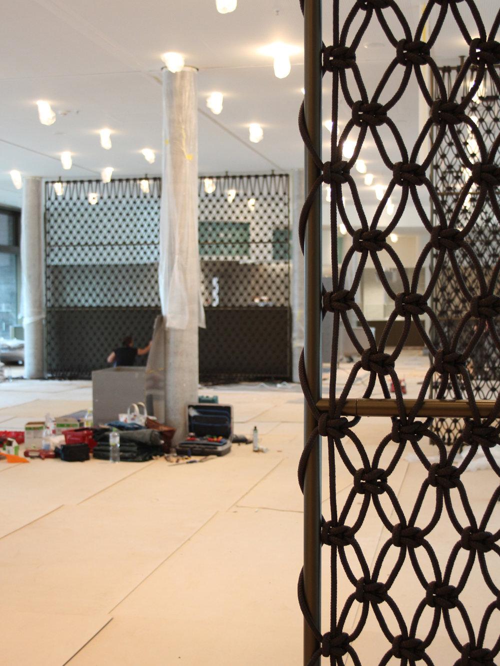 Detail Raumtrenner, Raumteiler Mitarbeiterrestaurant Marquard & Bahls, Hamburg