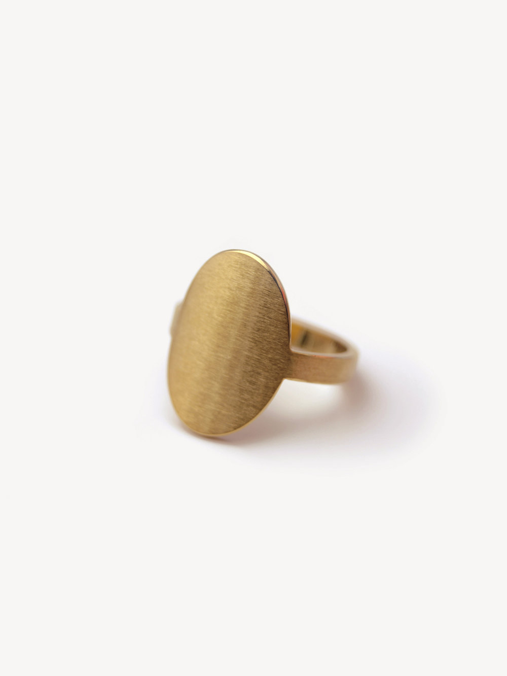 Siegelring Anda, hochoval Klein in 585 Gold  Signet ring Anda, vertical oval small in 14kt gold