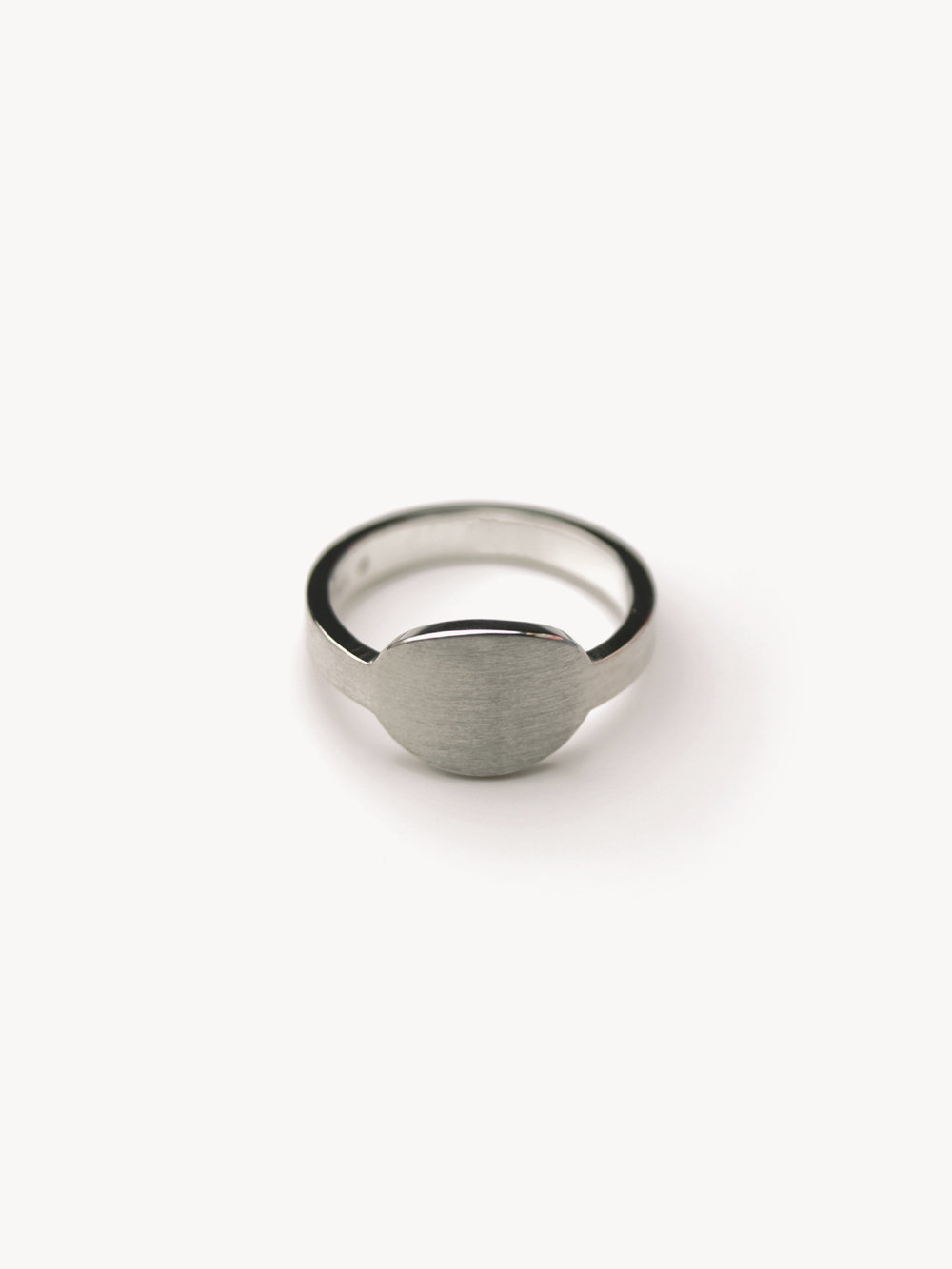 Siegelring, rund mittel in 925 Silber/ Signet ring, round medium in sterling silver