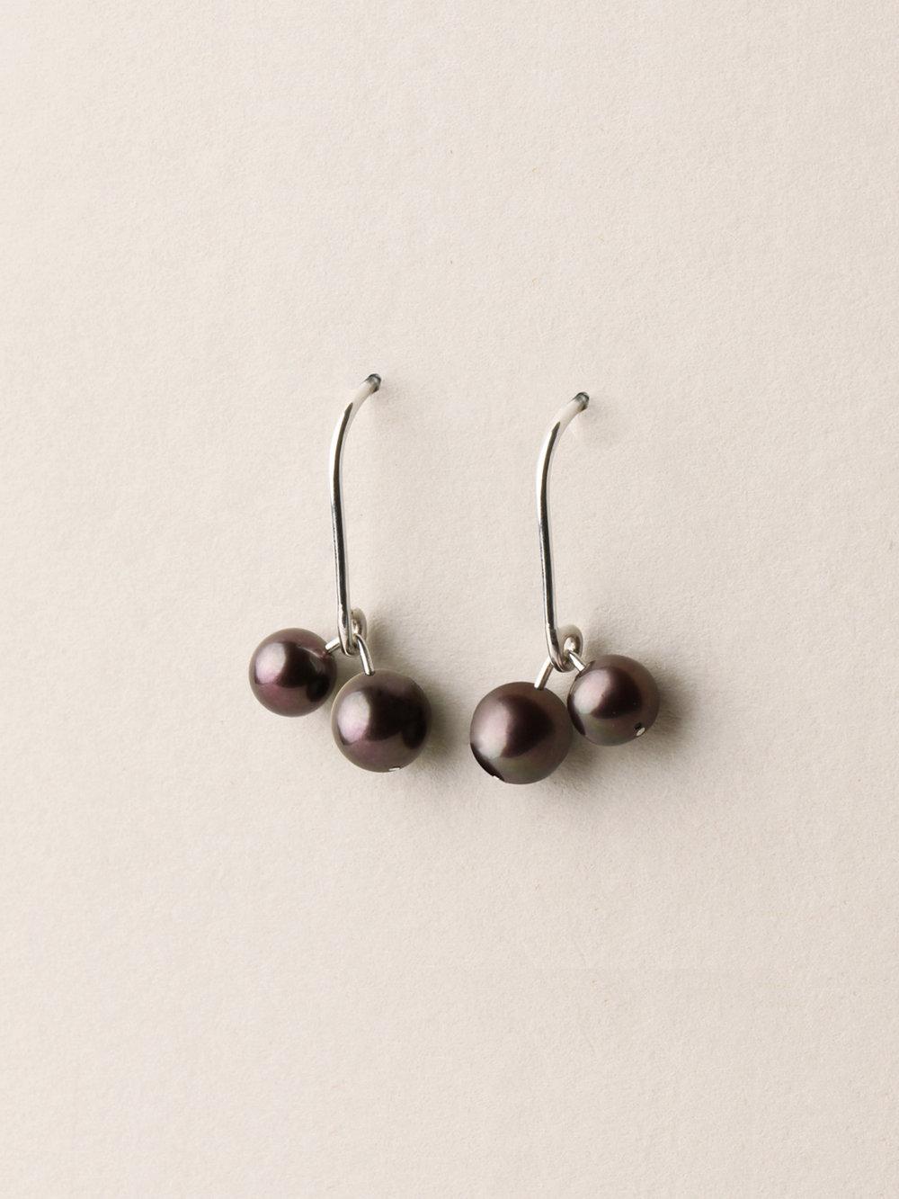 Perlen Ohrhänger, kurz mit 2 Perlen in 925 Silber und echten Süßwasserzuchtperlen/ Pearl earrings, short with 2 pearls in sterling silver and sweetwater pearls