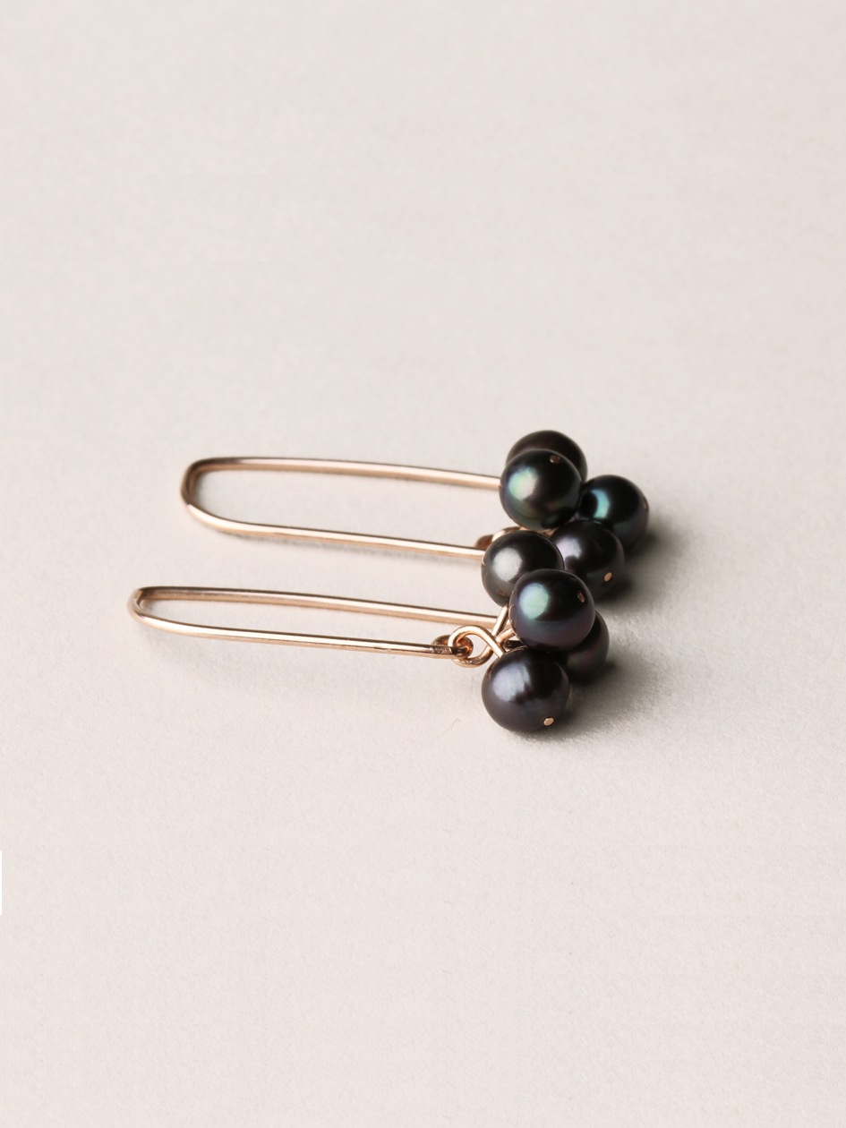Perlen Ohrhänger mit 4 Perlen, lang in 585 Rosegold und echten Süßwasserzuchtperlen/ Pearl earrings with 4 pearls, long in 14kt Rosegold and sweetwater pearls