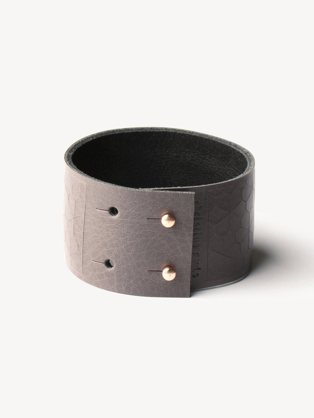 Leder-Armband, schmal in grau/ Leather bracelet, small in grey