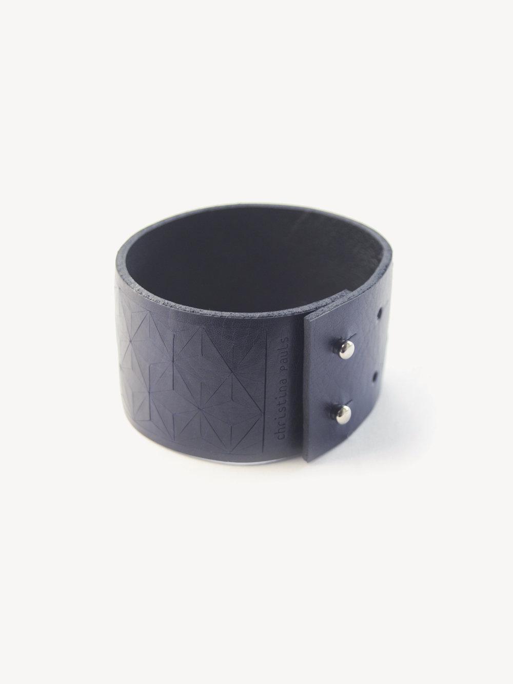 Leder-Armband, schmal in dunkelblau/ Leather bracelet, small in navy
