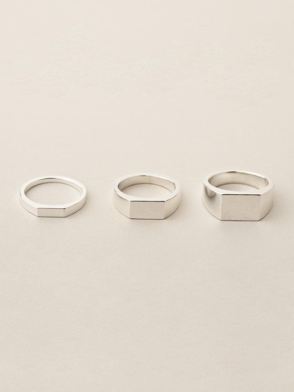 Übersicht Siegelringe Minima rechteckig, klein, mittel und groß in 925 Silber Overview signet ring Minima rectangle, small, medium and big in sterling silver